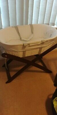 Natures Purest Moses basket & Stand With Mattress Pad, Excellent Condition