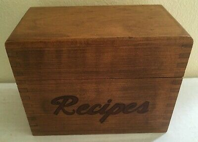Vintage Mid Century Woodcroftery Wooden Recipe Box Finger Joint W Dividers 3x5