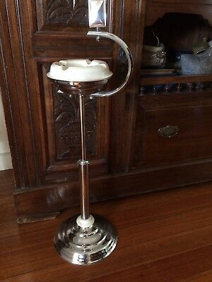 Elegant Art Deco Smokers Stand Ash Tray