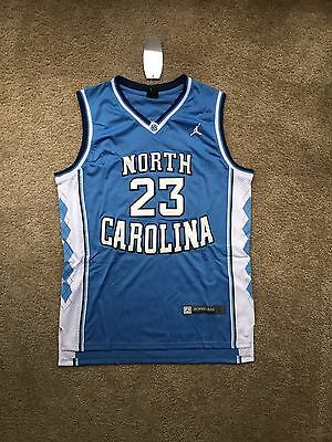 competitive price fda97 a9ab9 MENS LRGE VINTAGE Michael Jordan North Carolina Tar Heels ...