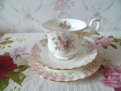 Pretty Royal Albert English China Trio Tea Cup Saucer Plate Serenity