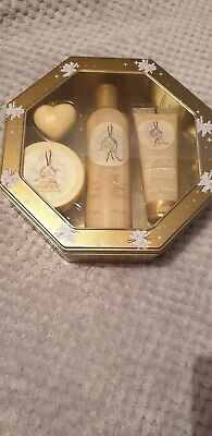 The Body Shop - Vanilla Bliss Gift Set - New & Sealed