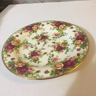 "Royal Albert Old Country Roses Classic III - 7 3/4"" Salad Plate"