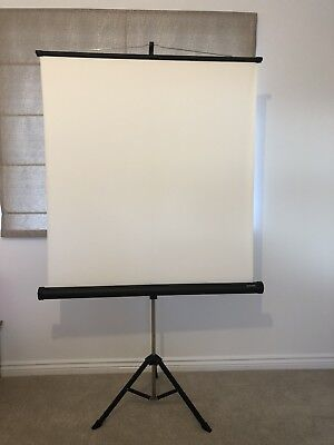 Arctic Universal Free Standing Projection Screen - White Projector Film Movies