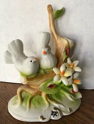 Vintage CAPODIMONTE made in Italy two doves on branch flowers delicate