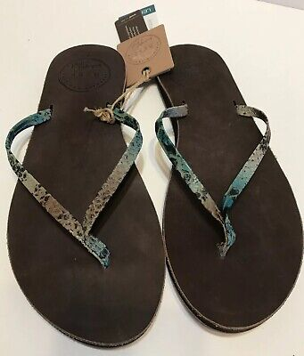 a9fc713ec75a Reef Women s Uptown Luxe Brown Snake flip flops size 7 - Brand New Leather