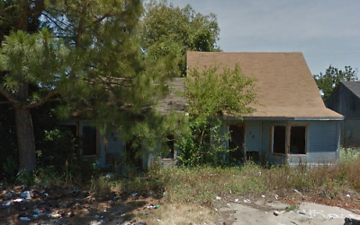 NO RESERVE!!! 900 Sq.Ft. for Sale in Marion, AR UP FOR AUCTION!!!