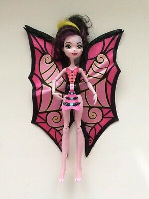 2018 Mattel Monster High Draculaura Transforming Bat to Ghoul Doll Fnc17