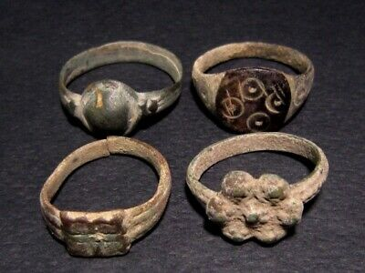 LOT of 4pcs. ANCIENT ROMAN , BYZANTINE AND MEDIEVAL FINGER RINGS+++