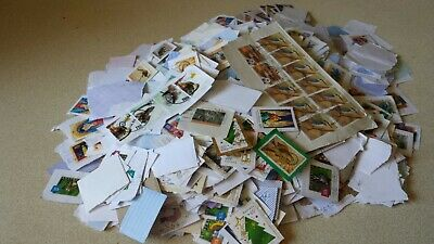 Australian Stamps on Paper 2kgs Mixed Denominations up to $1