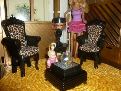 BARBIE DOLL SIZE Dollhouse Living Room Furniture - Chairs, Lamp, Table Light