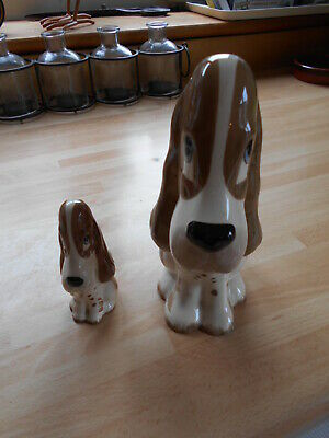 Szeiler Bassett Hounds Porcelain dogs (2) large and a small