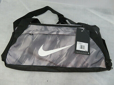 95a0cc3267 Nike Brasilia Small All Over Print Duffel Bag Black White BA5980-027 New  With Tg
