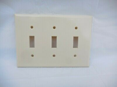 Outlet Wall Cover Switch Plate Bakelite Leviton IVORY 3 Gang