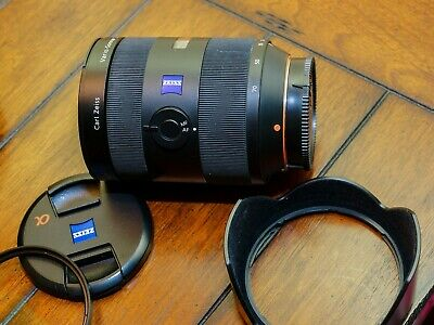 Sony Zeiss Vario Sonnar 24-70mm SSM f2.8 Lens. Very Good  Condition.