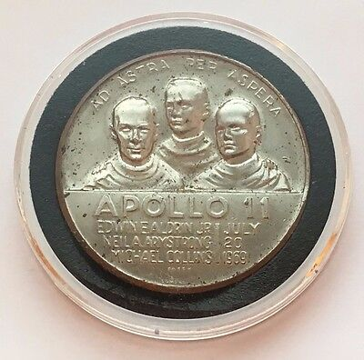 Apollo 11 First On The Moon Lombardo Mint Canada Medal