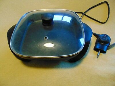 Black & Decker Electric Skillet With Top