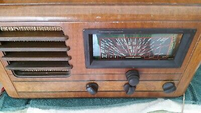 VIntage valve Radio HMV timber