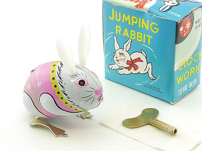 MS 083 Jumping Rabbit moving eyes Hase Blechspielzeug China OVP SG 1412-06-48