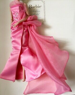 2016~Mattel Barbie~Silkstone GLAM GOWN fashion~ gown only~no doll