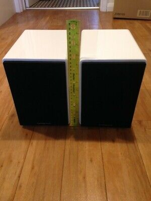 Cambridge MINX XL Book shelf speakers, Gloss white (used but unblemished)