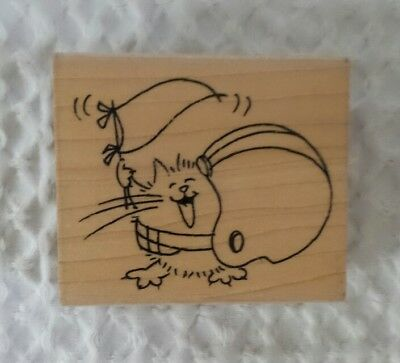 FLUFFLES CAT FOOTBALL Rubber Stamp Stampendous V233 American USA New