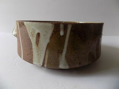 """Pottery Stoneware Handled 7"""" Bowl Signed Wright Brown Tan Drip White Excellent"""