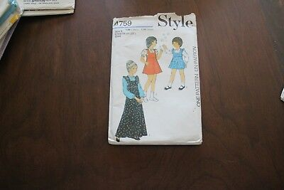 Vintage sewing pattern. Style 4759. Size 6. Dresses, pinafore, blouse, 1974.