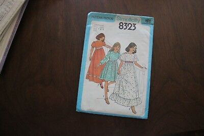 Vintage sewing pattern. Simplicity 8323 Size 7 & 8 Girls dress in 2 lengths 1977