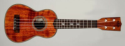 "Kala Solid Acacia Soprano with an Soprano Case (UC-S) ""B-Stock"""