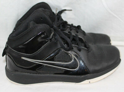 check out 2d5c3 7f147 Nike Team Hustle D6 Black White Youth Boys Basketball Shoes Size 5.5 599187 -001