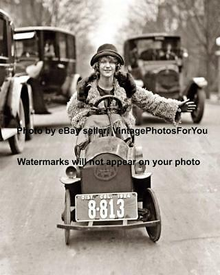 Old Antique Vintage Funny Weird Strange Flapper Small Car Automobile Photo Pic