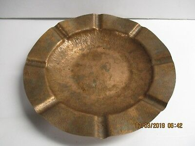 Large copper arts and crafts cigar ash tray 11 1/2 inches in diameter by 2 inche