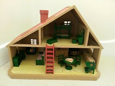 **** Sylvanian ... VINTAGE ... FURNISHED HOUSE - Kitchen - Bedroom - Lounge ****