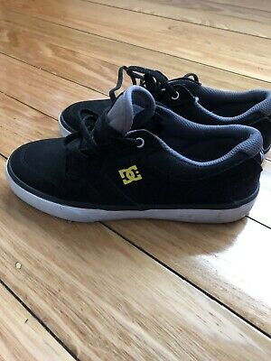 DC Kids Shoes US Size 4