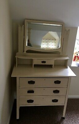 Dressing Table/Chest of Drawers With Mirror