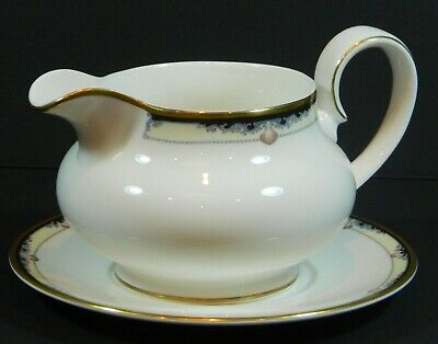 Royal Doulton Footed Gravy Boat with Underplate * Rhodes Pattern