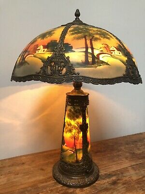 Gorgeous Antique reverse painted table lamp w/lighted base