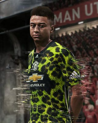 REAL Adidas Originals x EA Sports FIFA 19 Manchester United Football Jersey 4th