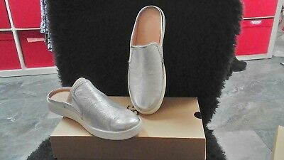 accbaabebbd WOMENS UGG SANDALS LUCI METALLIC Silver Size 10 Casual Slip On ...