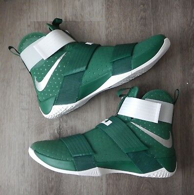 2c90419501098 Nike Lebron James Soldier 10 Men s Spartan Green   White 856489 331 Size  13.5