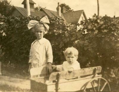 MT36 Vtg Photo CHILDREN WOODEN PULL TOY WAGON big bow Early 1900's