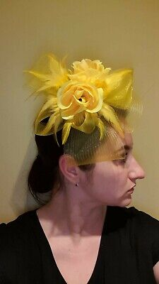Fascinator Yellow Hat Large Flower Wedding facinator clip in new Ascot
