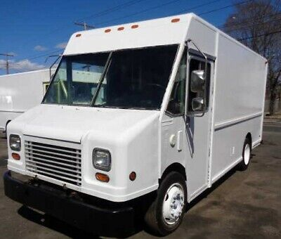 2000 FREIGHTLINER P700 MT45 Fedex Step Van Cummins Diesel