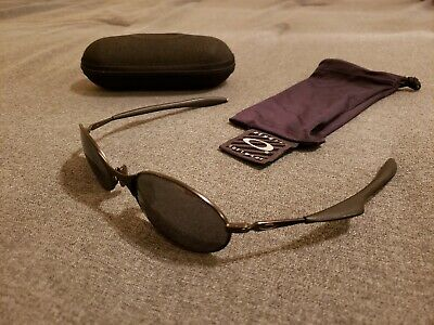 312ed72bed VINTAGE OAKLEY E Wire 2nd Gen Sunglasses very rare - EUR 125