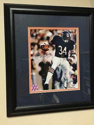 633d18dd485 WALTER PAYTON AUTOGRAPHED 8X10 PHOTO w  FRAMED + MATTED PSA DNA + HOLO