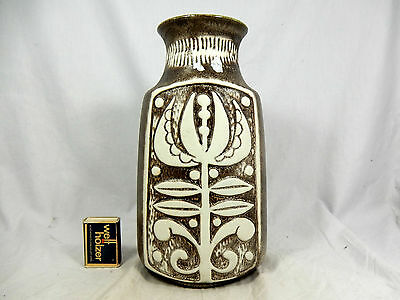 "Beautiful  70´s Bodo Mans Design Bay "" Relief ""  Keramik Vase 96 25 cm    09820"