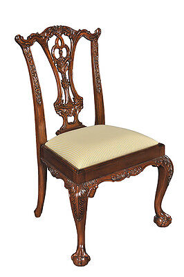 Pair of 2 Hand Carved Mahogany Wood Dining Side Chairs - Classic Chippendale