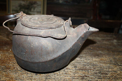 Chattanooga Star #7 Heavy Cast Iron Teapot Kettle Antique Swivel Lid Gate Marked