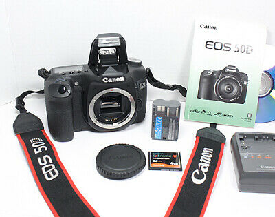 CANON EOS 60D Digital SLR body with Batteries, Software